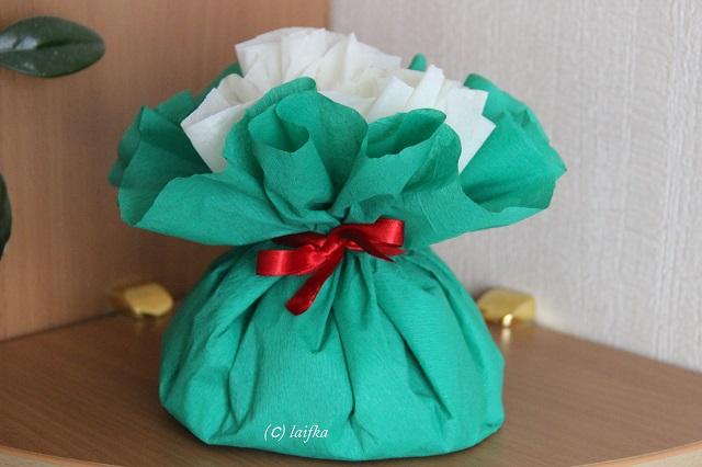 Упаковка подарков своими руками гофрированной бумагой 40